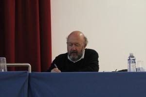 Jean-Yves Nau s'est montré distant pendant tout le débat.